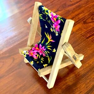 Hawaii pattern cell phone holder ch…